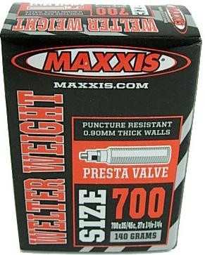 Камера 700x35/45c авто нип.Maxxis Welter Weight 0.90mm